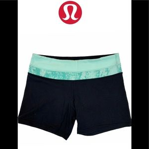 Lululemon pastel mint green shorts size 8
